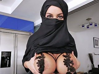 Torrid Arab Babe In Hijab Victoria June Gets Her Muff Banged In Hot Pov Clip